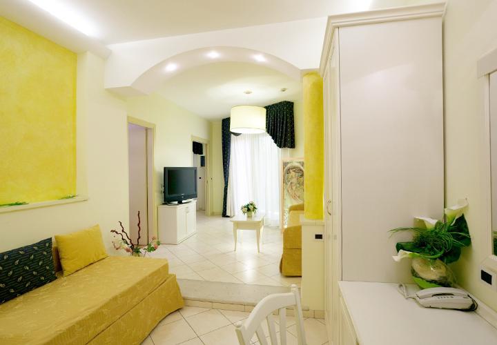 Hotel Belsoggiorno Bellaria 3 stelle   4 tipologie di Camere